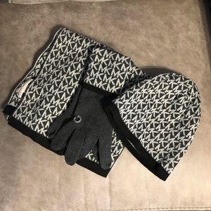 NWOT Michael Kors Scarf, hat & gloves set